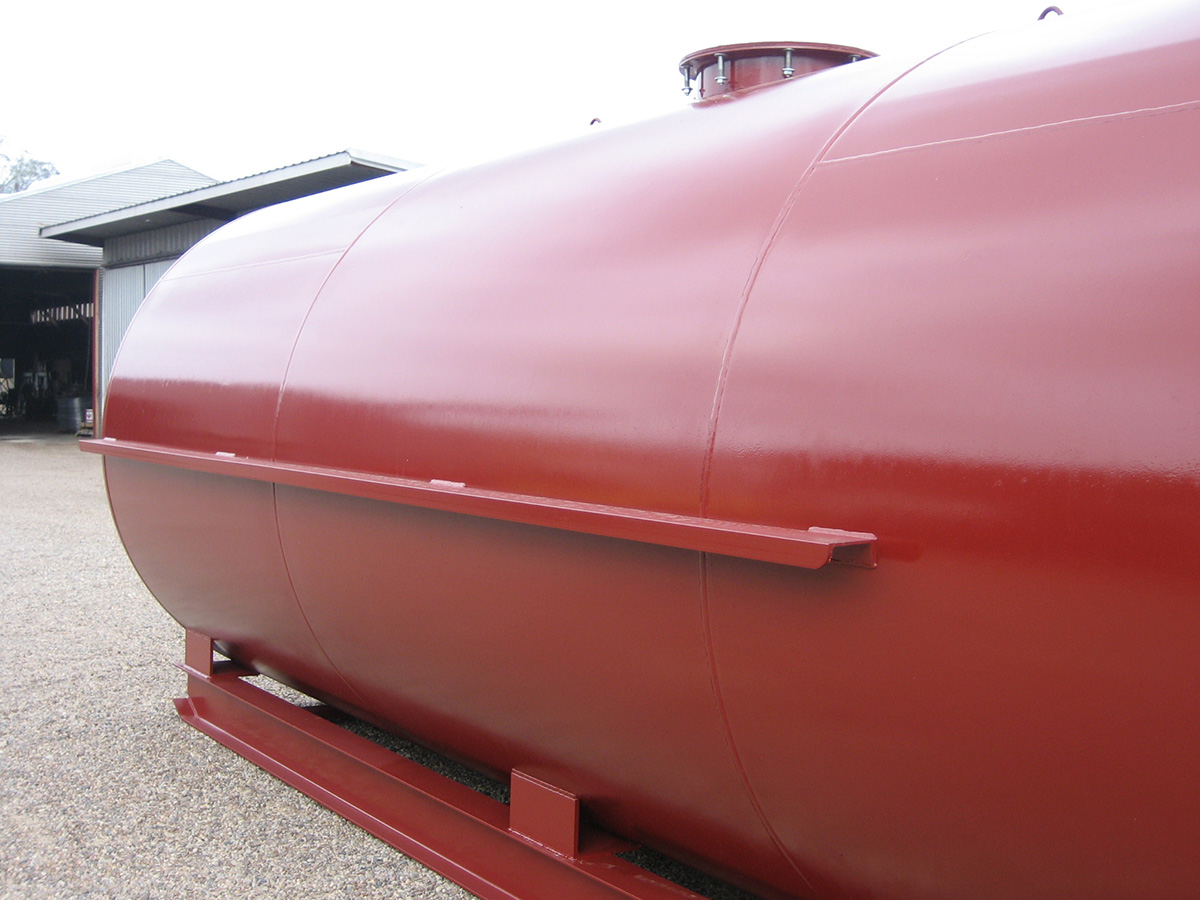 Fuel transfer tanks